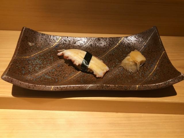 握り寿司 タコ